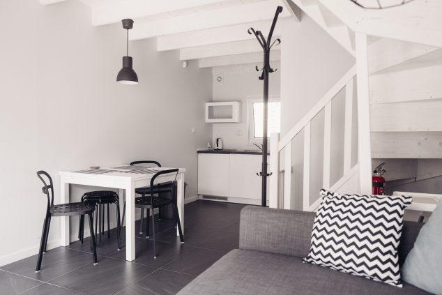 pokój dzienny salon aneks kuchenny